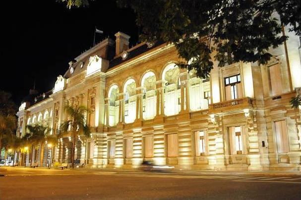 Festram advierte una crisis en el financiamiento de Municipios y Comunas