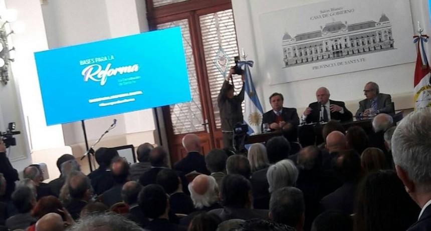 Miguel Lifschitz presenta el proyecto de reforma constitucional
