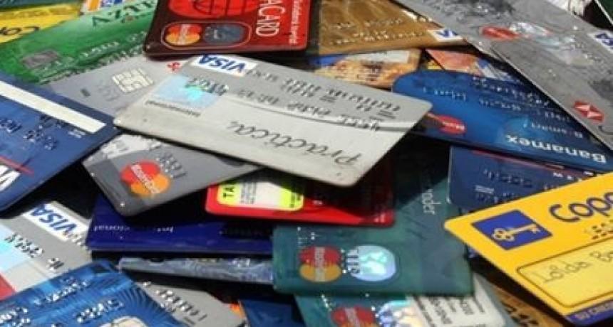 La justicia santafesina condenó a tres personas por estafas con tarjetas de crédito