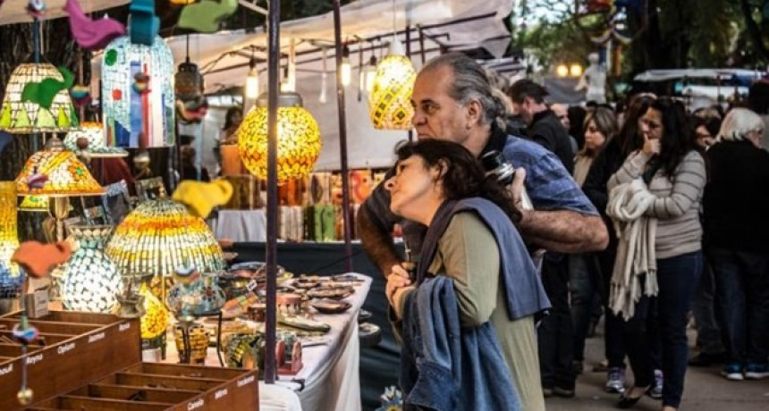 Los artesanos de la Feria del Sol y de la Luna se suman a la venta online