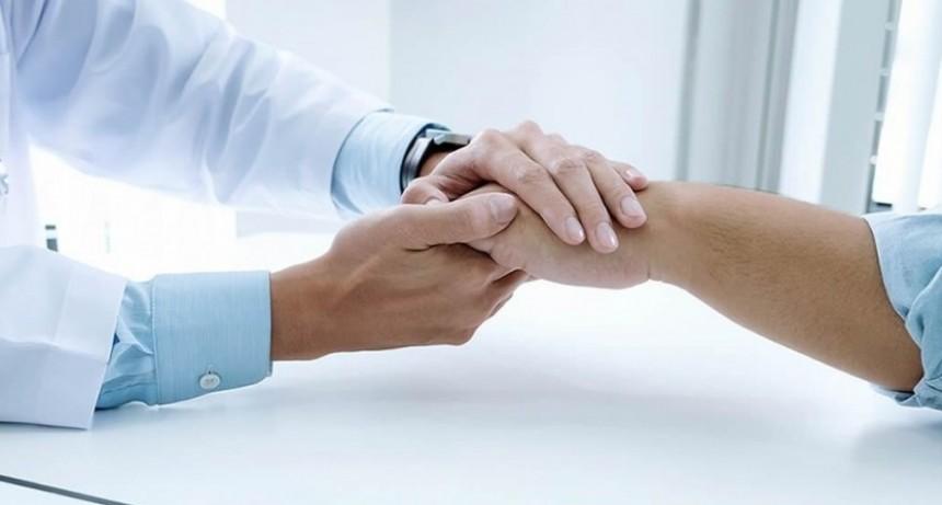 La Provincia podría pagar el bono a los profesionales de salud no incluidos por Nación