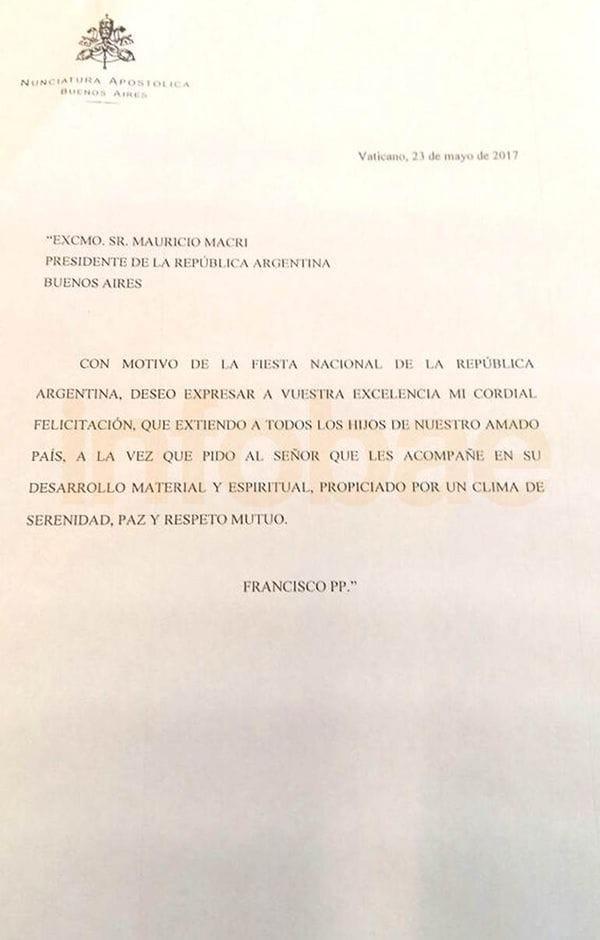 El Papa Francisco auguró serenidad, paz y respeto mutuo en una carta a Macri por el 25 de mayo