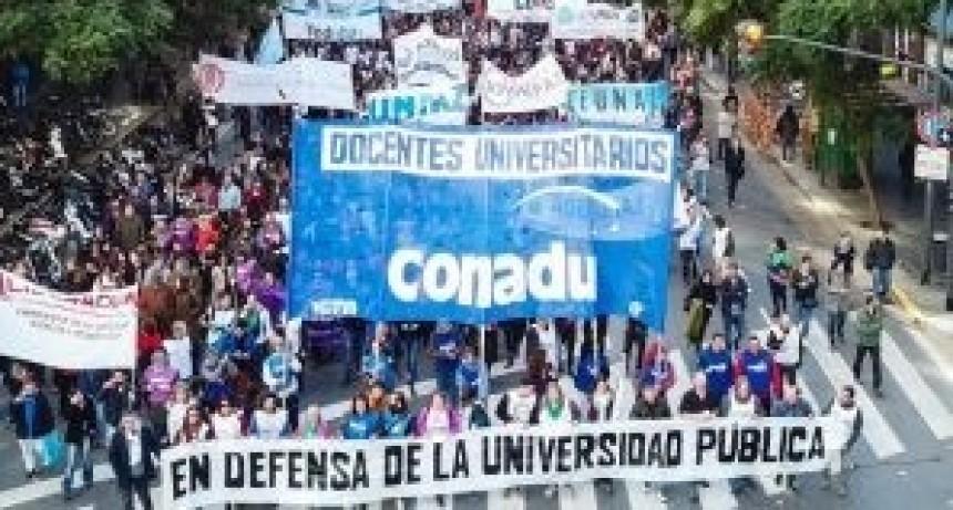 Docentes universitarios pararán del 11 al 15 de junio