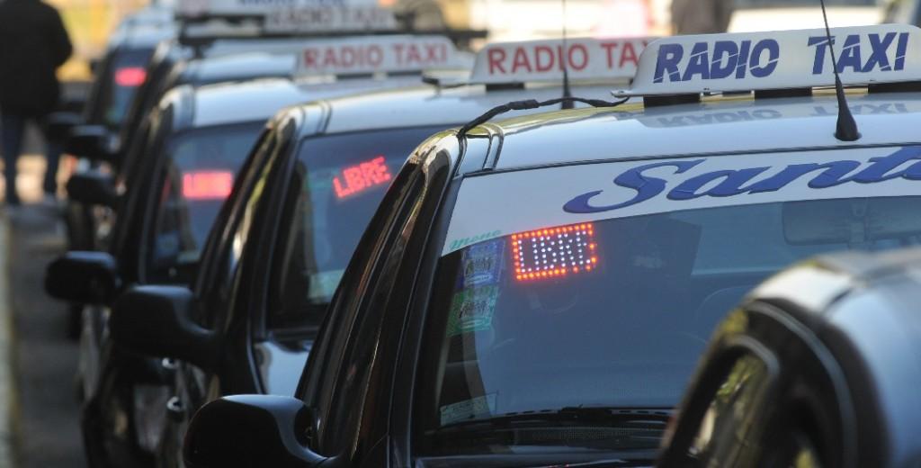 Los taxistas piden una reunión con el Ejecutivo Municipal por su difícil situación por la cuarentena