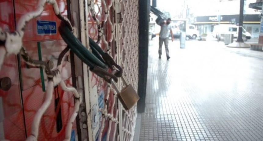 Cerca de 300 empleados de comercio se quedaron sin empleo durante el aislamiento en la ciudad
