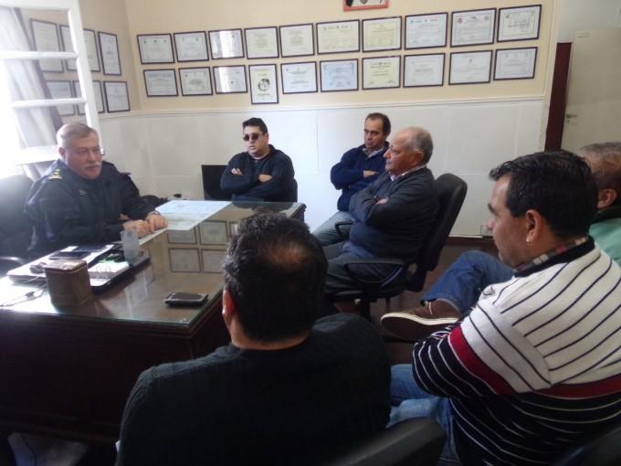 Taxistas se reunieron con autoridades policiales