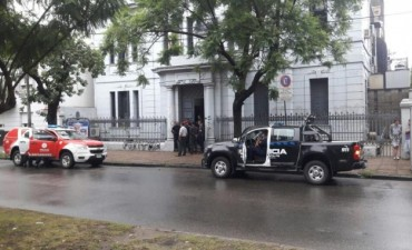 La policía detuvo al presunto responsable de las amenazas de bomba a la EPE