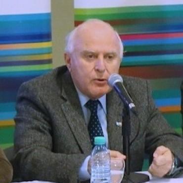 Miguel Lifschitz criticó al gobierno nacional por seguir endeudando al país