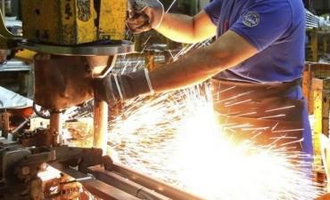 La producción industrial creció más de cuatro por ciento interanual en mayo