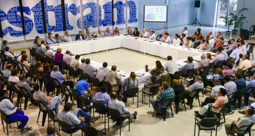Festram advierte que un fallo de la Corte Suprema provocaría crisis financiera en municipios y comunas