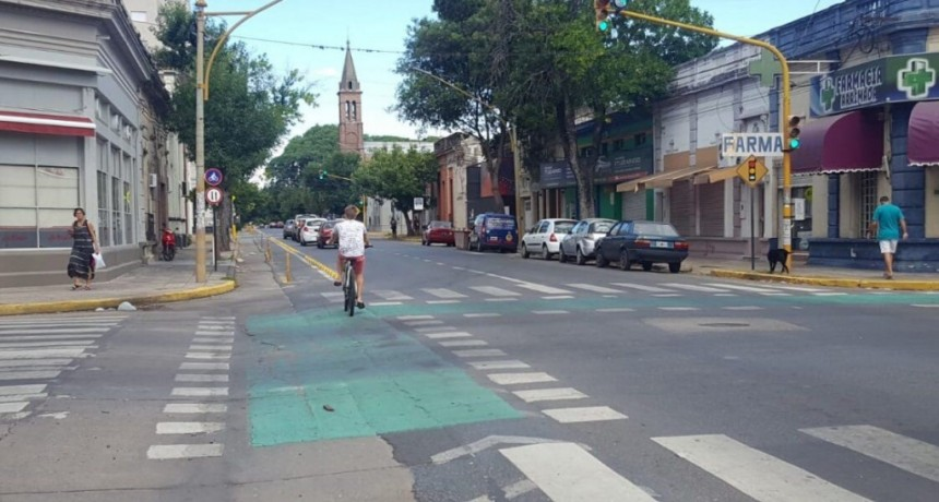 Se está construyendo una nueva ciclovía en la ciudad