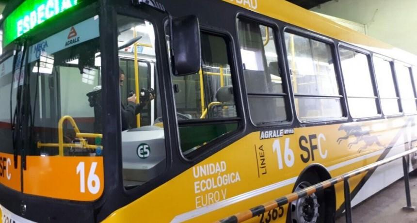 El transporte urbano e interurbano continúa en funcionamiento hasta la semana próxima