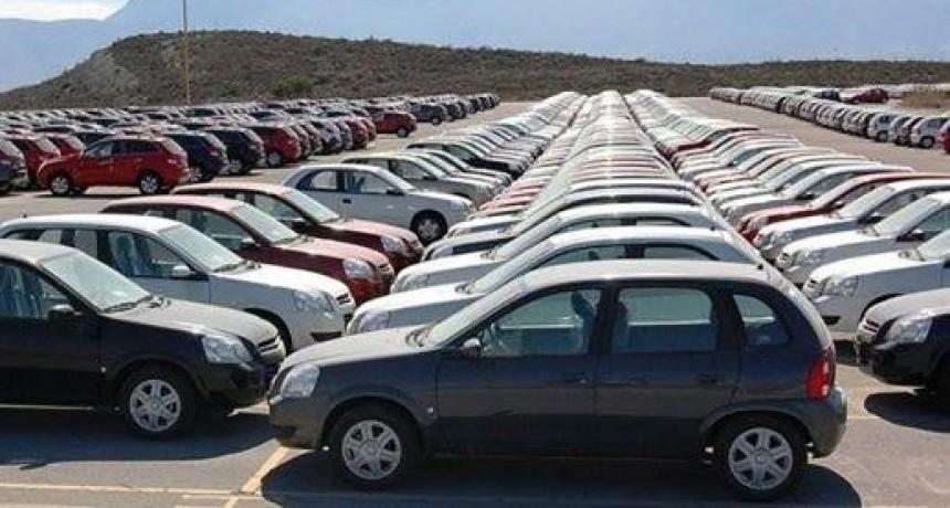 La venta de autos usados retrocedió cuatro por ciento en junio