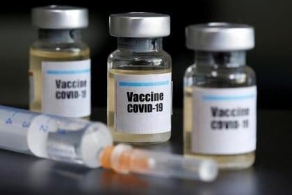 La vacuna del coronavirus de Oxford no ha registrado muchos efectos adversos