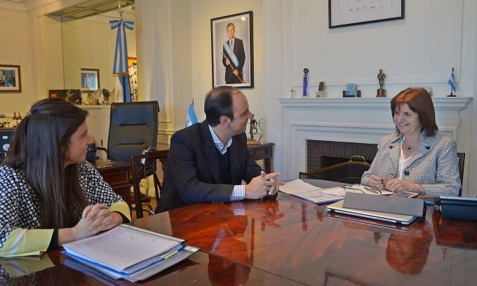 José Corral aseguró una dotación permanente de fuerzas federales en la ciudad de Santa Fe