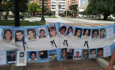Familiares de víctimas de la inseguridad realizan un cacerolazo