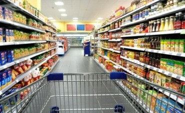 Las ventas en supermercados y shoppings bajaron en junio