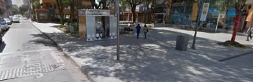 La policía detuvo a un hombre violento en la peatonal