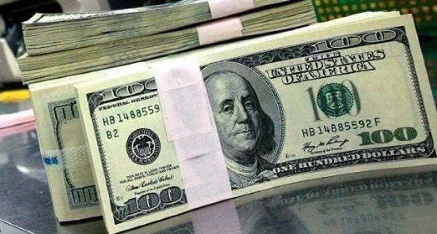 El dólar supera los $46 tras la devaluación del yuan