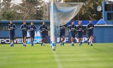Argentina probará tres variantes para enfrentar el martes a Venezuela