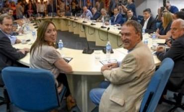 Gobernadores se reúnen por la coparticipación
