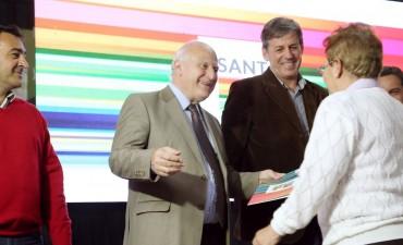 Miguel Lifschitz presentó el plan para el mejoramiento barrial de Las Flores II