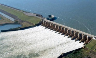 La ampliación de la central hidroeléctrica de Yacyretá se licitará en enero