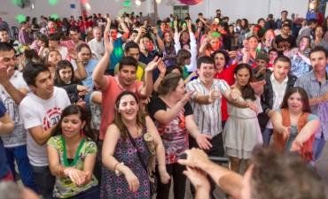 El Ministerio de Salud organiza un baile por el día de la Primavera