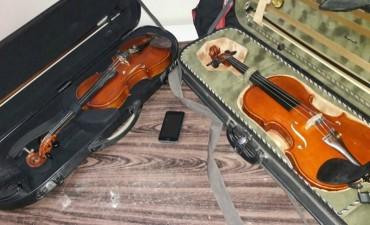 La Policía de Investigaciones recuperó dos violines robados en la ciudad de Santa Fe