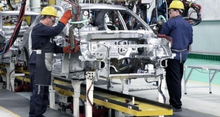 La actividad industrial descendió 1,9 % en julio