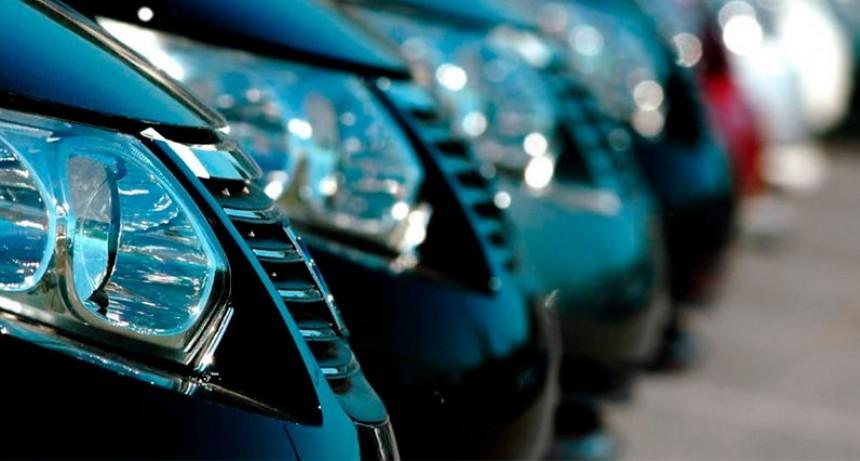 La venta de autos usados tuvo una leve caída en agosto