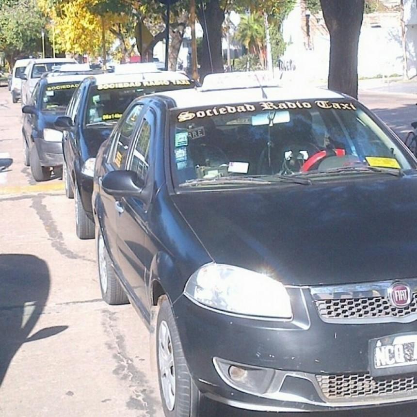 Rige un incremento en la tarifa de taxis