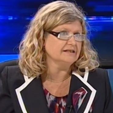 Claudia Balagué descartó incrementar los días de clases por los paros