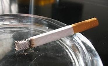 El precio de los cigarrillos sube cuatro por ciento desde el lunes