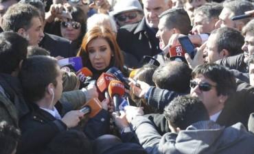 Cristina Fernández acusó al Gobierno de montar una persecución judicial