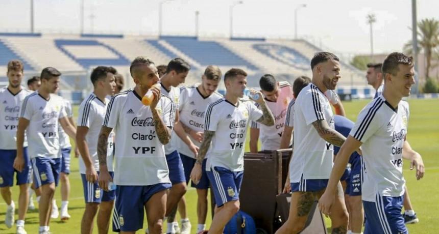 Argentina y Brasil juegan un amistoso en Arabia Saudita