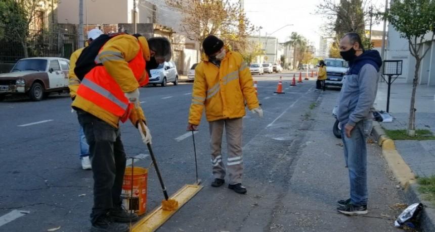 Comerciantes y vecinos buscan trasladar el carril de ciclistas de Urquiza al margen derecho