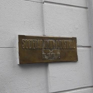 La Unión Industrial santafesina pretende discutir el bono de fin de año sector por sector