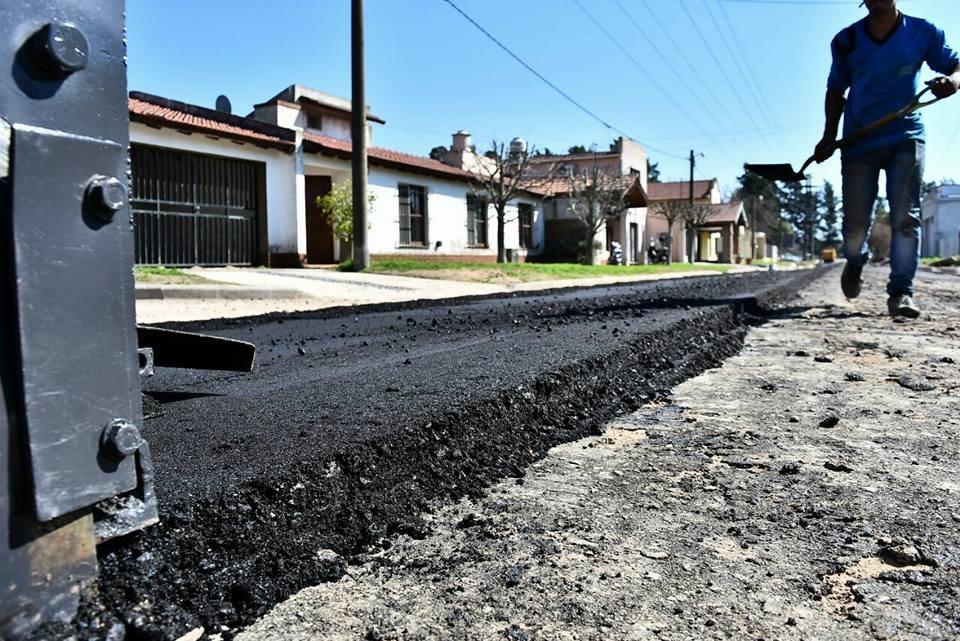 Ambicioso plan de provincia para pavimentar calles en municipios y comunas