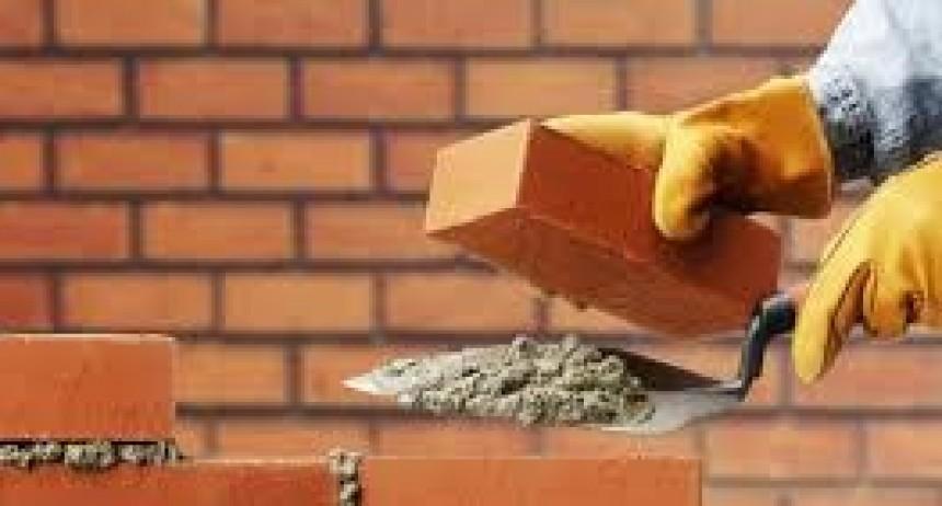 La construcción retrocedió más de cuatro por ciento en septiembre