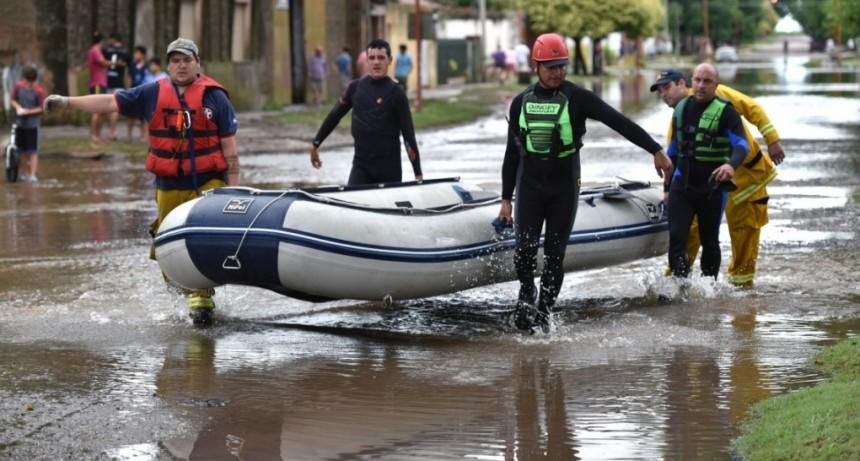 Protección Civil aún mantenía personas evacuadas
