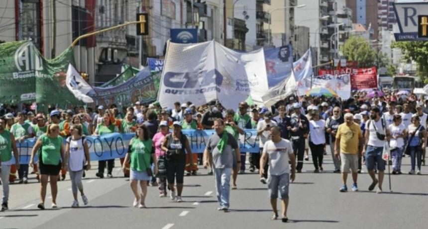 El Gobierno autoriza a movimientos sociales a marchar contra el G20