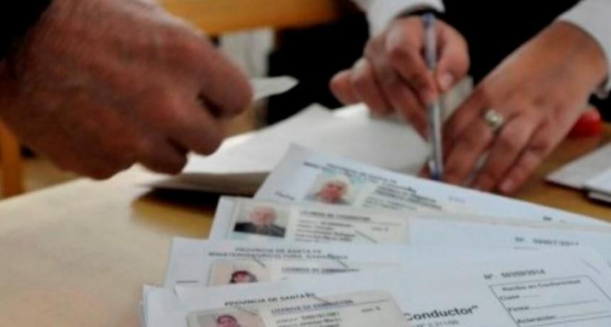 Bonificación de 50 % en la renovación de licencias de conducir sin multas