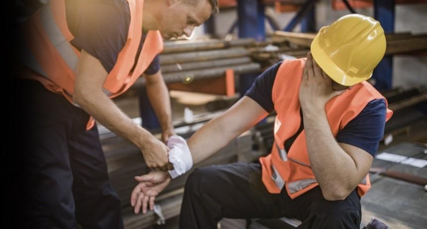 Trabajadores deben seguir recurriendo a un abogado por un accidente laboral