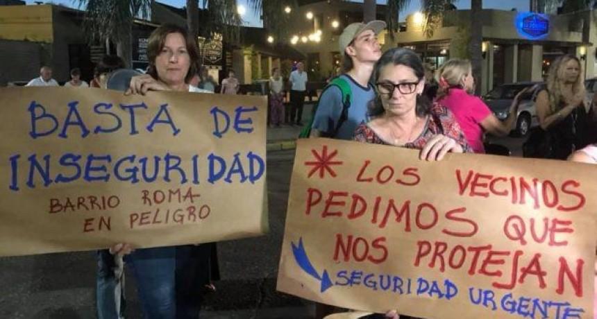 Vecinos de barrio Roma realizan una nueva marcha contra la inseguridad en diciembre