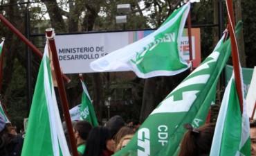 Jornada de protesta en el Ministerio de Desarrollo Social
