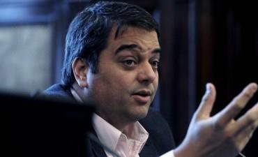 Triaca evaluará reformas junto con legisladores y economistas