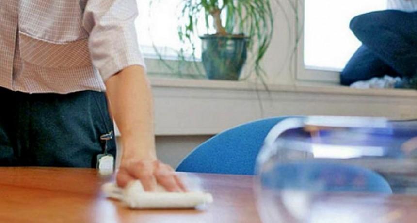 Aumenta 5 por ciento el salario del personal doméstico