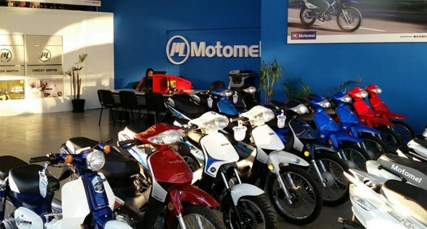 Motomel suspendió a su personal en San Nicolás