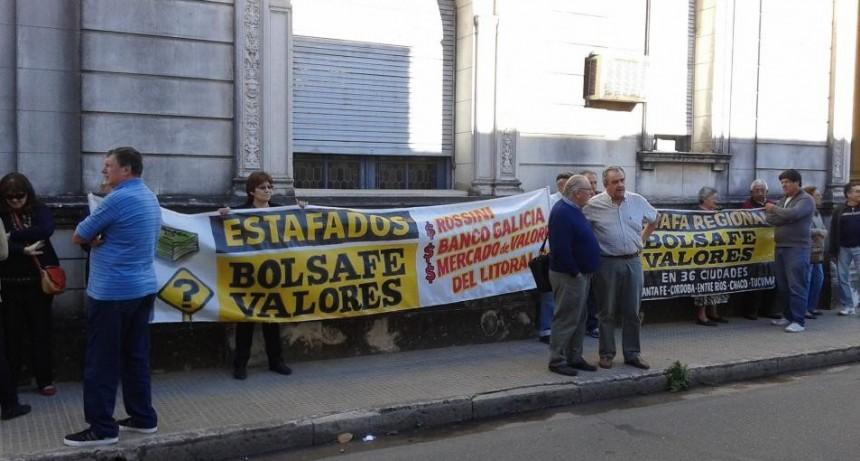 Diecinueve ex directivos del Mercado de Valores de Santa Fe irán a juicio